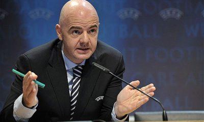 """La FIFA annonce des tests pour l'arbitrage vidéo et la fin de la """"triple sanction"""""""