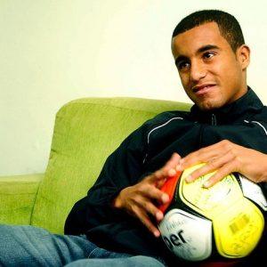 Un sondage d'un média brésilien plébiscite le retour de Lucas en Seleçao