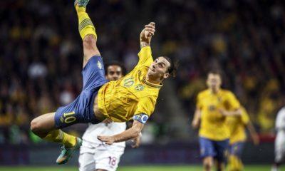"""Zlatan """"chez lui"""" en France, """"rien à dire"""" sur Manchester United"""