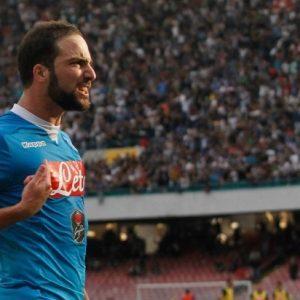 "Mercato - ""Le PSG est le seul club qui tient la corde sur Higuain"", selon un agent FIFA"