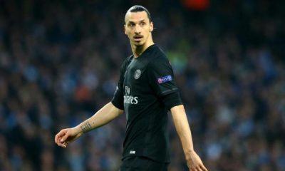 """Zlatan Ibrahimovic va annoncer son départ du PSG """"dans les prochaines heures"""" et se dirige vers Los Angeles, selon Sky Sport"""