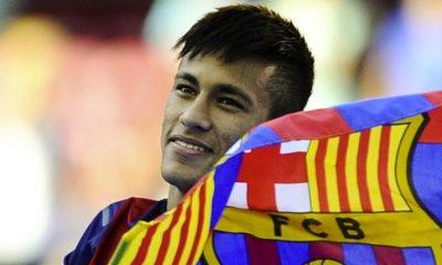 L'agent de Neymar dément des contacts avec le PSG