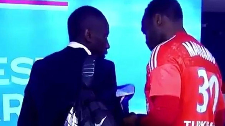 CDF- Mandanda souffle à Matuidi de laisser gagner l'OM