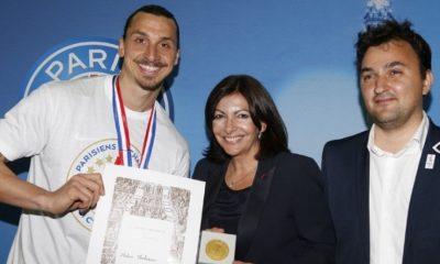 Zlatan «un honneur de recevoir la médaille de la ville»