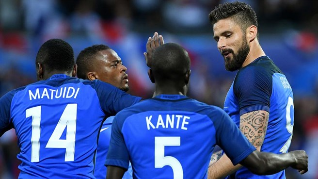 Euro 2016 - Les Bleus et Matuidi se sont qualifiés dans la difficulté contre l'Irlande