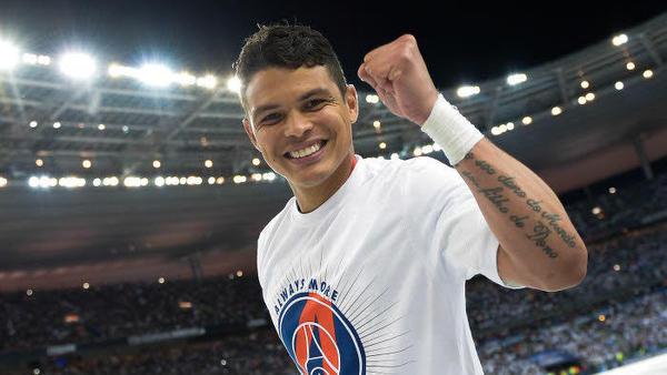 """PSG/ASSE - Thiago Silva """"devrait être alignée d'entrée"""" annonce L'Equipe"""