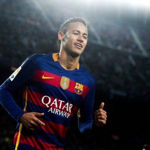 Neymar n'est pas venu au PSG car ses exigences sortaient le club des limites du Fair-Play Financier, d'après L'Equipe