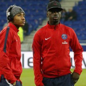 Les U19 du PSG, renforcés par Benoît Costil, perdent 4-0 contre les remplaçants de l'Equipe de France