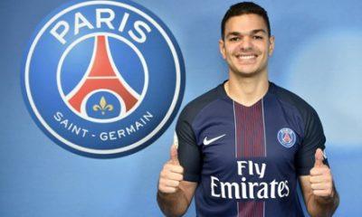 """Hatem Ben Arfa """"porter ce maillot au Parc des Princes est un rêve que je poursuis depuis l'enfance"""""""