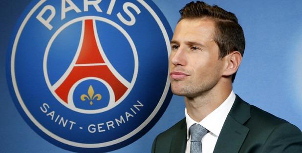 Le PSG officialise le changement de numéro de Grzegorz Krychowiak