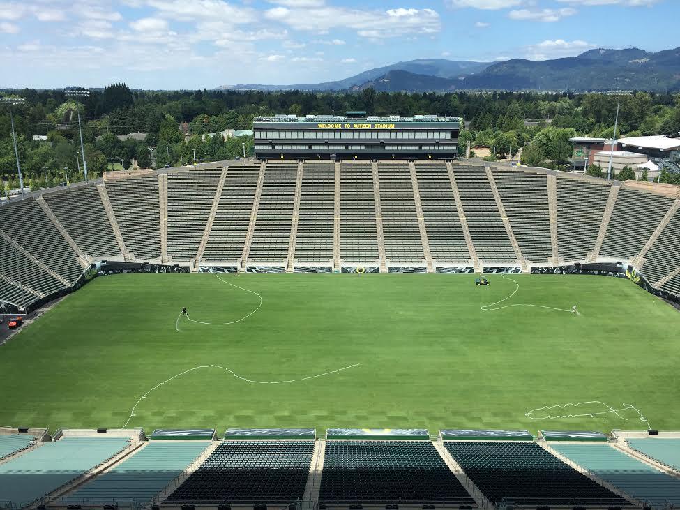 ICC - Changement de surface au Autzen Stadium pour PSG Inter