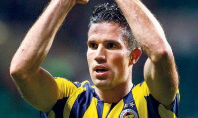 """Mercato - Van Persie """"Kluivert l'aurait appelé"""", selon Nabil Djellit"""
