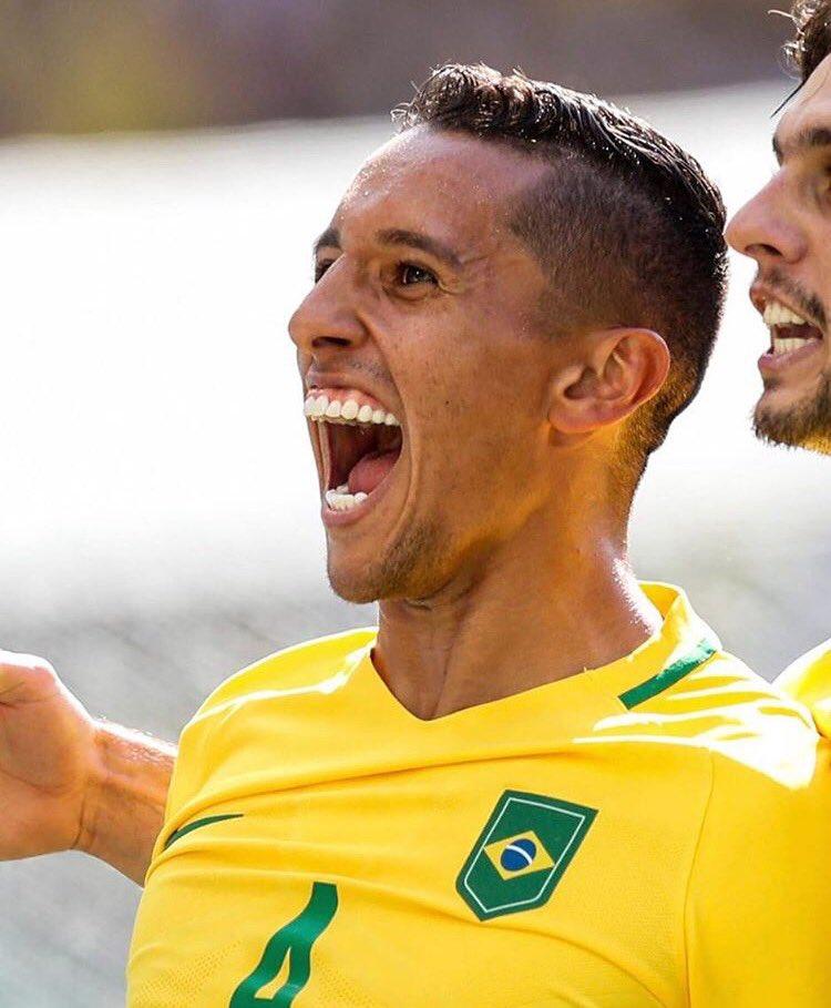 Internationaux - Le Brésil écrase la Bolivie avec Marquinhos titulaire, Thiago Silva sur le banc