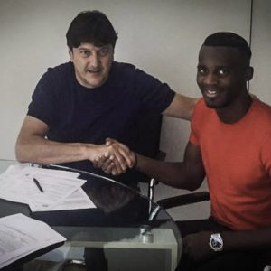 Mercato - Pescara officialise le prêt avec option d'achat de Bahebeck