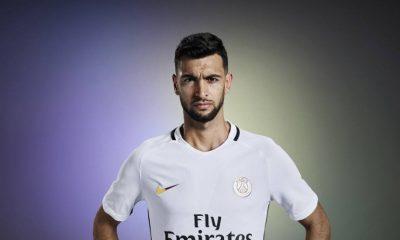 Les images partagées par les joueurs du PSG ce jeudi: maillot third et Ultras