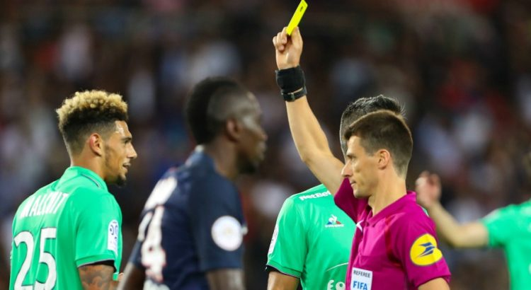 """Ligue 1 - L'ASSE souligne que ses joueurs y ont cru malgré """"un penalty imaginaire transformé par Lucas"""""""