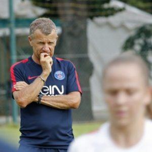 """Lair """"Un club, c'est la compétence. Aujourd'hui, je ne suis pas persuadé qu'on ait la compétence au PSG"""""""