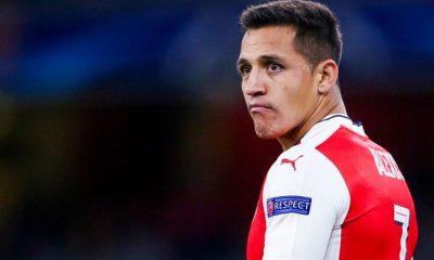 """Alexis Sanchez """"mieux de laisser ça de côté et de reprendre les discussions durant l'été"""", affirme Wenger"""