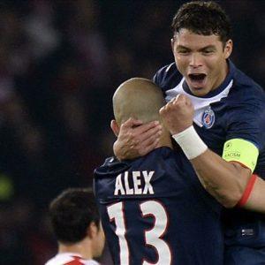 Alex Thiago Silva Ce n'est pas parce qu'il a le brassard qu'il doit régler tous les problèmes