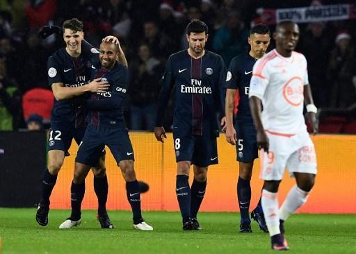 Ligue 1 - Meunier, Thiago Silva et Lucas dans le onze-type de la 19e journée de l'Equipe