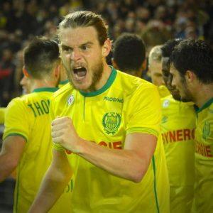 Ligue 1 - Gillet On n'a pas envie de s'arrêter en si bon chemin...une montage se dresse devant nous