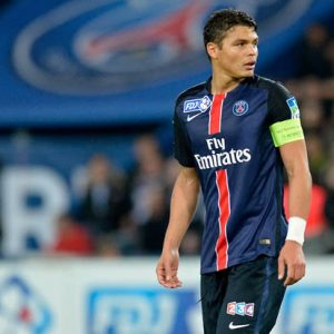 Le Parisien remet en question le capitanat de Thiago Silva et propos Verratti ou Cavani