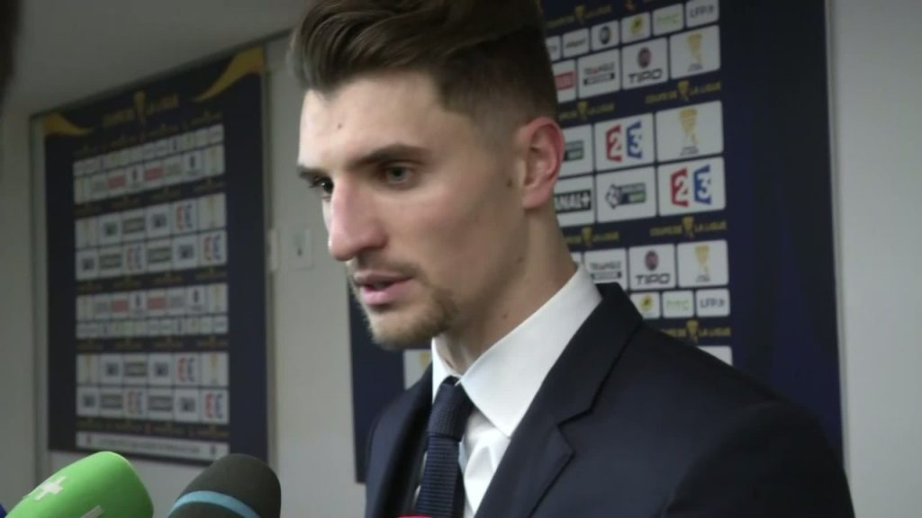 """Metz/PSG - Meunier """"A 0-2 tout le monde était en stress. On se complique la tâche"""""""
