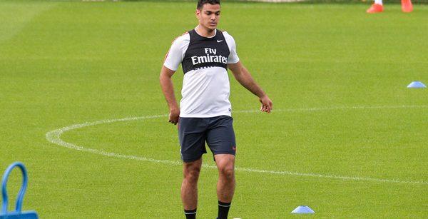 """Ben Arfa a """"juste voulu répondre à tous les messages...on lui a coupé les jambes à Barcelone"""""""