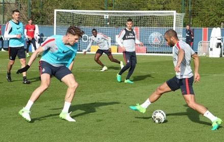 Thomas Meunier de retour à l'entraînement collectif, regarni pour le retour d'internationaux