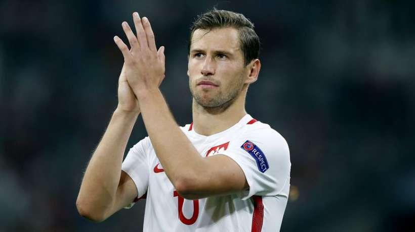 Krychowiak: ?wi?cicki «c'était un choix dramatique de le faire rentrer sur le terrain à la dernière minute à Barcelone»