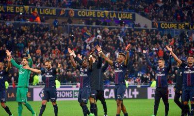 Les images partagées par les joueurs du PSG ce dimanche : on continue de célébrer !