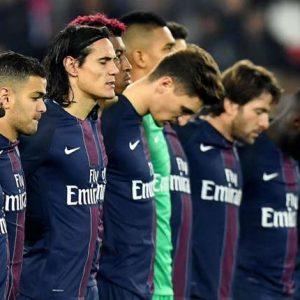 AngersPSG - Une minute de silence en hommage aux victimes de Manchester avant la finale