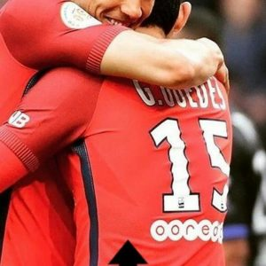 Les images partagées par les joueurs du PSG ce samedi célébrations de victoire !.jpg