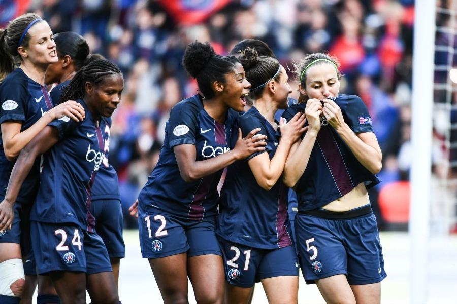 Féminines - Le PSG s'impose et reste au contact de Montpellier