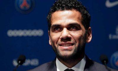 """Dani Alves : la Ligue 1 """"c'est un championnat disputé"""""""