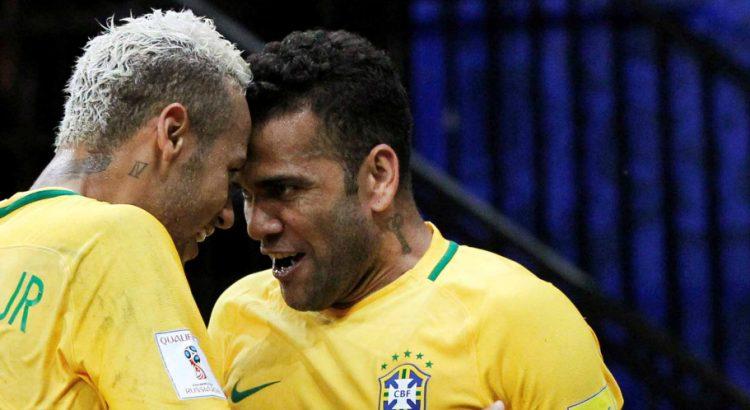 Dani Alves : Neymar « le monde appartient aux courageux »