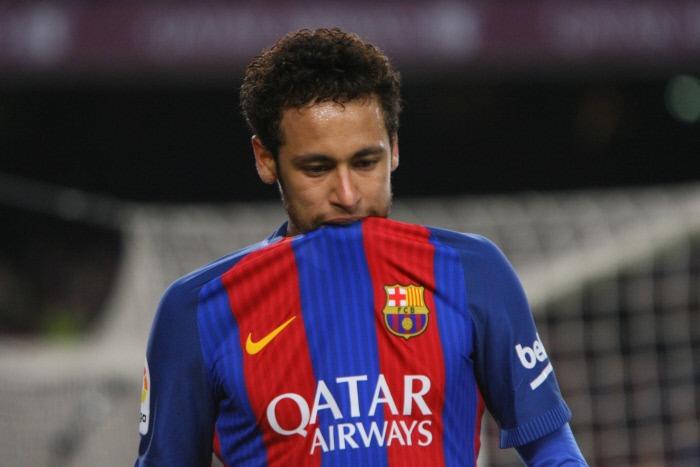Le Barça bloque une prime due au père de Neymar, les tensions s'intensifient