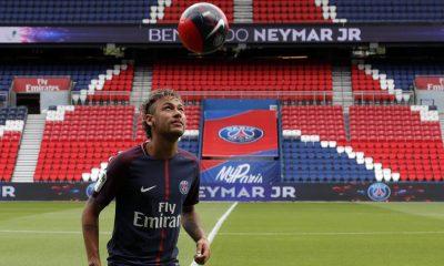 Les buts et la passe décisive de Neymar contre la réserve du PSG en images