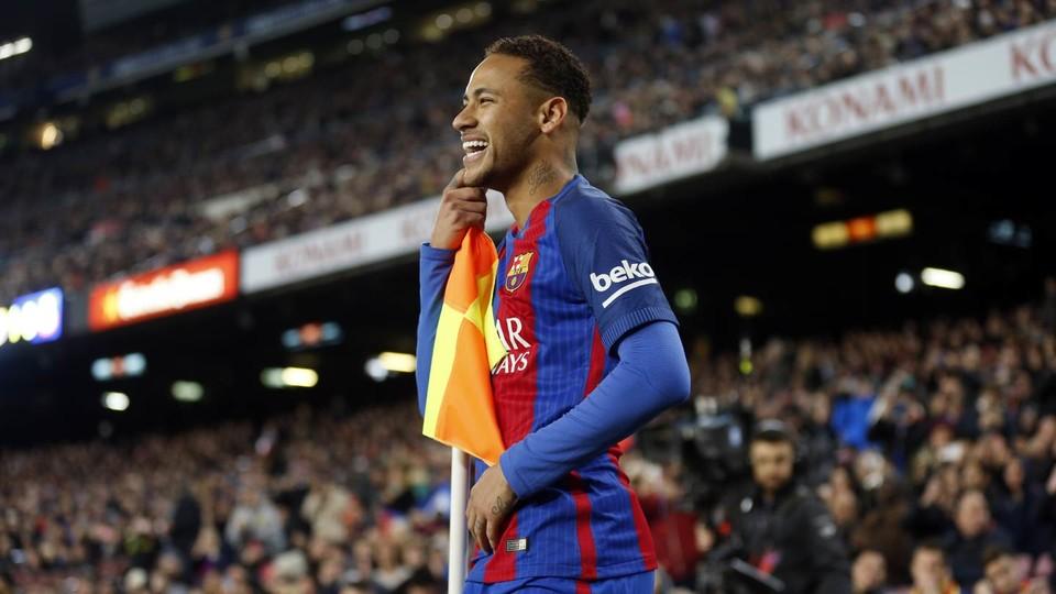 Mercato - Neymar a dit au revoir à ses coéquipiers et a quitté le centre d'entraînement !