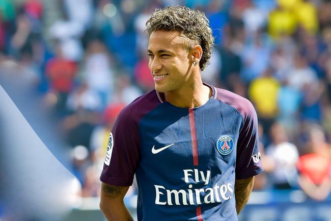 Mercato - Neymar avait déjà signé au PSG le 30 juin, d'après le Correio da Manha