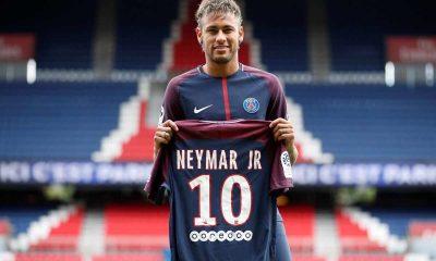 """Neymar """"j'ai fait le bon choix et j'espère écrire une belle page de l'histoire du Club"""""""
