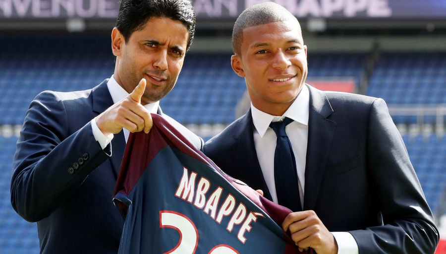 """Nasser Al-Khelaïfi """"Mbappé, bienvenue chez toi, à Paris, au PSG...tout le monde attendait ce moment"""""""