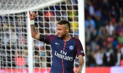 """Neymar """"On veut tout gagner. Le club est ambitieux et on fera tout pour répondre à cette ambition"""""""