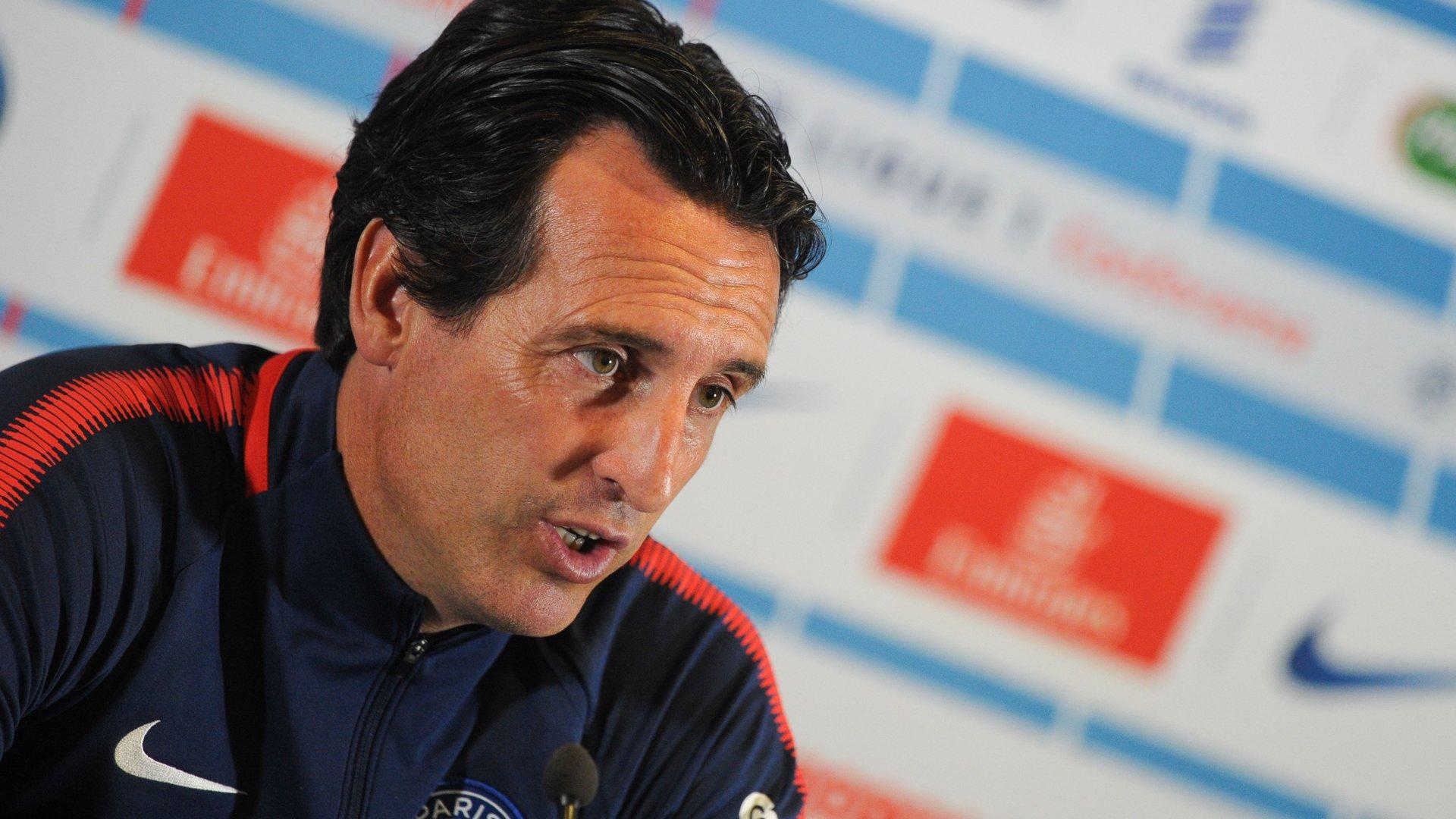 """Emery : Ibrahimovic """"ce n'était pas seulement un buteur, c'était un gagnant"""""""