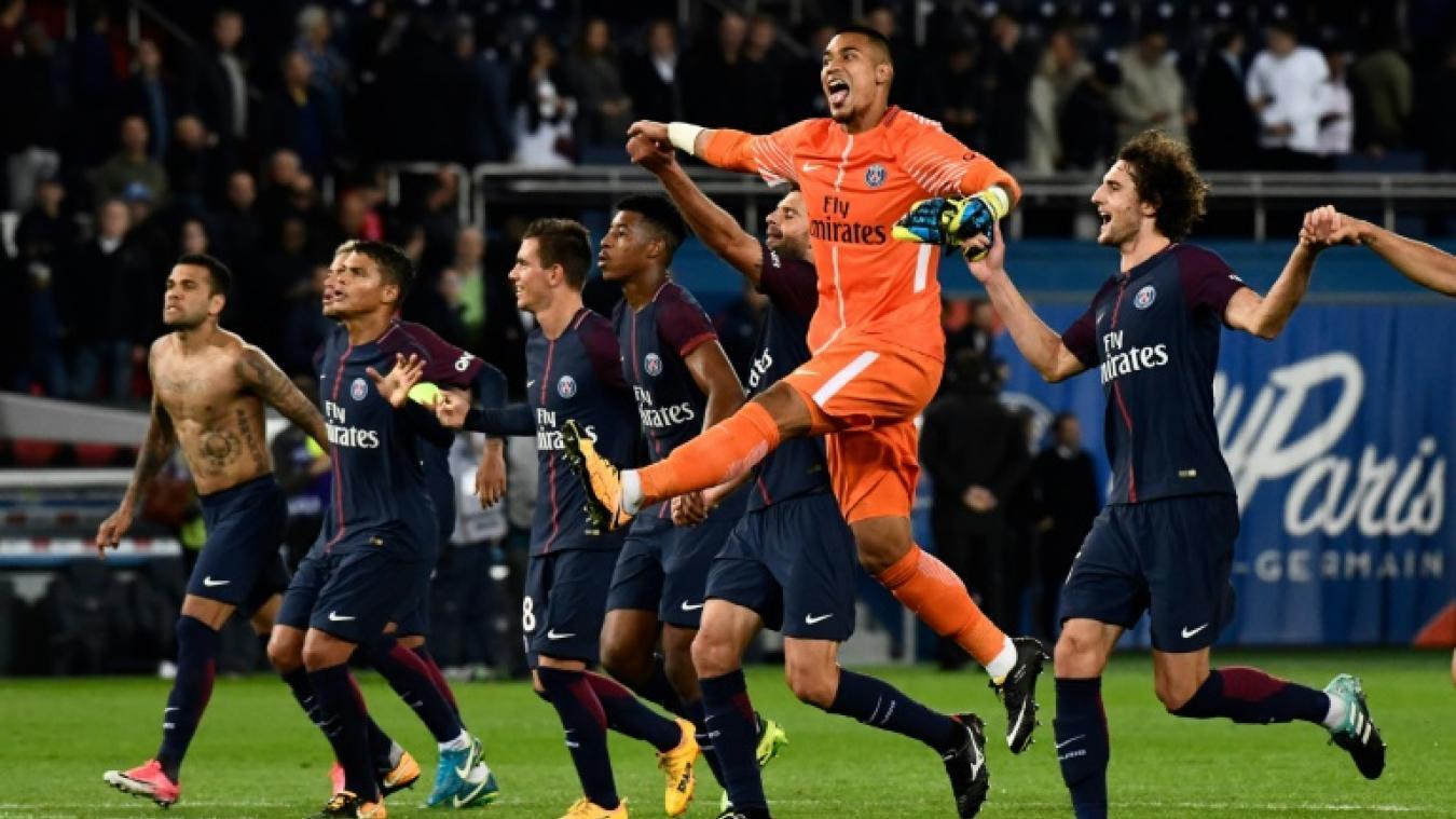 """Ménès """"il me semble avoir lu nulle part que le PSG avait remporté six victoires en six matchs"""""""