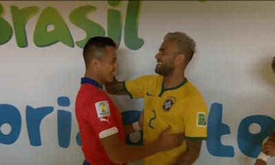 """Dani Alves """"Si Sanchez va venir au PSG ? C'est une possibilité...Je serai content où qu'il aille"""""""
