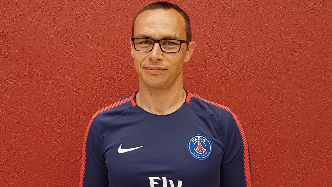 """David Hernandez explique son rôle """"créer une """"identité de football Paris Saint-Germain"""""""