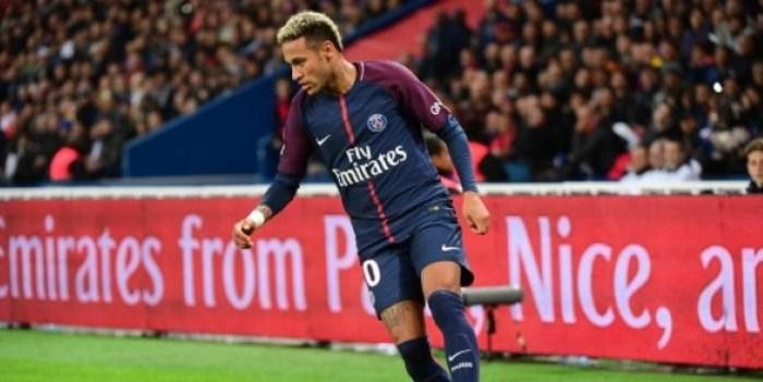 Ligue 1 - Mandanda élu joueur du mois de septembre devant Neymar et Malcom
