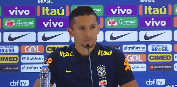 """Marquinhos """"Neymar est un joueur différent"""""""