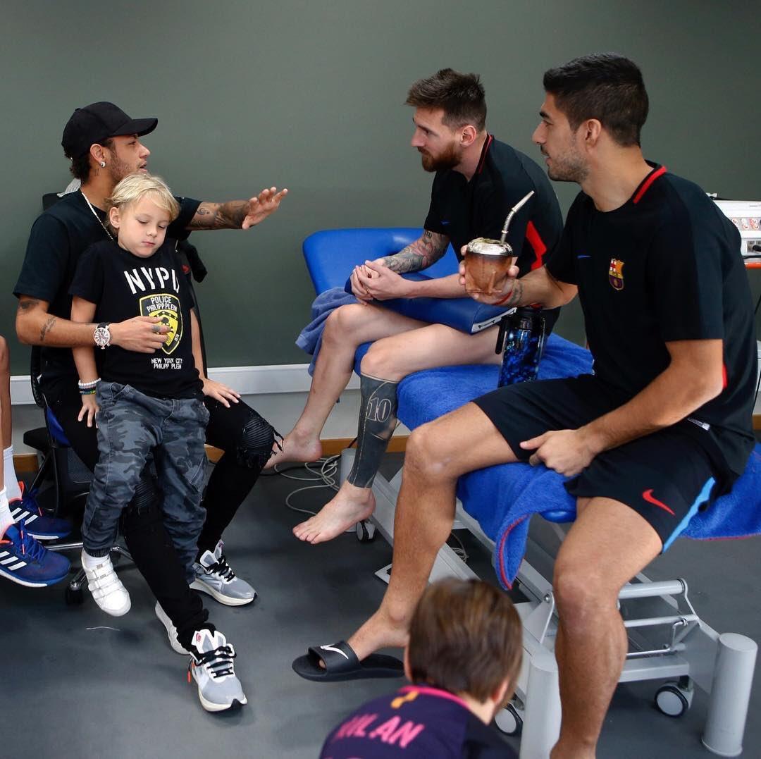 Neymar a profité de son temps de repos pour faire un tour du côté du Barça